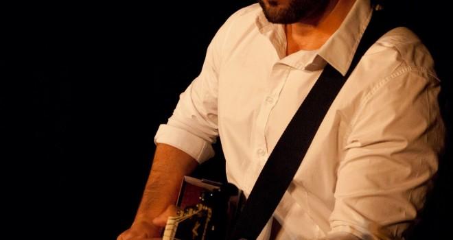 VENERDI 21 MARZO 2014 – 'Roma secondo me' – spettacolo/concerto di Davide Finesi -chitarra e voce