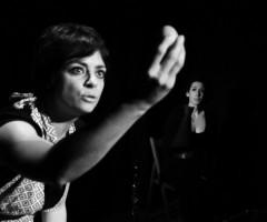 Sabato 29 marzo 2014 – 'A chi questo? Il rancio nel campo di Bergen' – spettacolo teatrale di e con Valeria Bianchi
